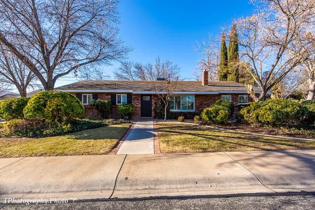 1449 Lava Ridge Rd, Santa Clara, UT 84765 (MLS #21-219740) :: The Real Estate Collective