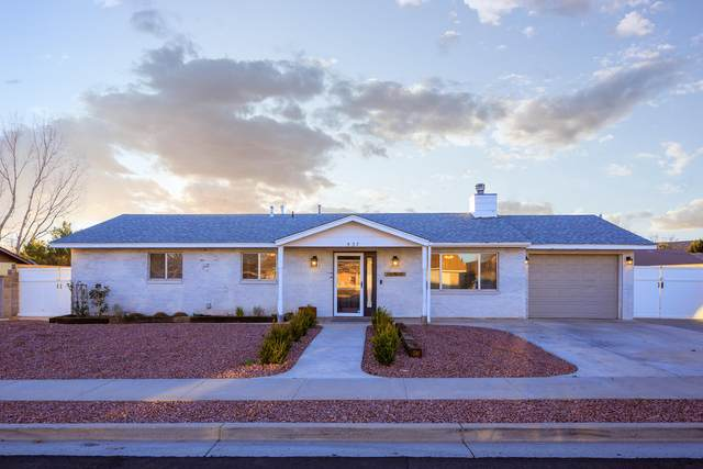 527 N Saguaro Dr, Washington, UT 84780 (MLS #21-220397) :: Diamond Group