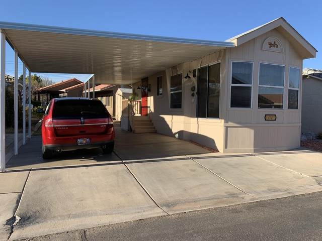 2990 E Riverside Dr #112, St George, UT 84790 (MLS #21-220584) :: Hamilton Homes of Red Rock Real Estate & ERA Brokers Consolidated
