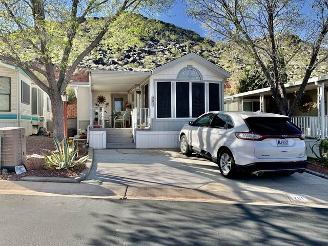840 N Twin Lakes Dr #201, St George, UT 84770 (MLS #21-221484) :: Hamilton Homes of Red Rock Real Estate & ERA Brokers Consolidated
