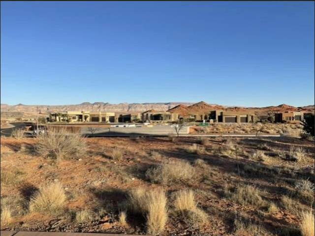 3219 S S Coral Court Lot #167, Hurricane, UT 84737 (MLS #21-221582) :: The Real Estate Collective