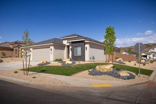 804 N Sandy Talus Dr, Washington, UT 84780 (MLS #21-221697) :: Diamond Group