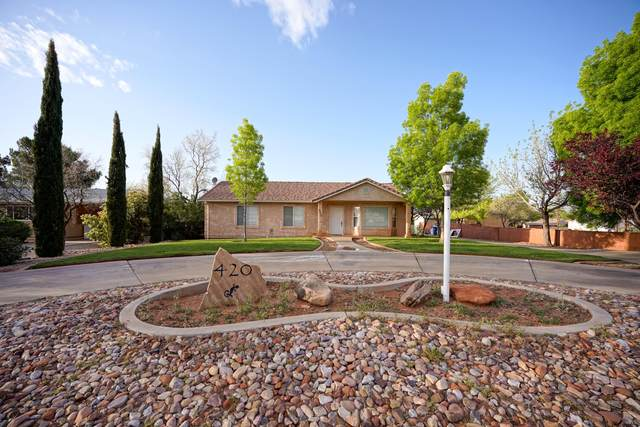 420 E Center St, Ivins, UT 84738 (MLS #21-221749) :: The Real Estate Collective