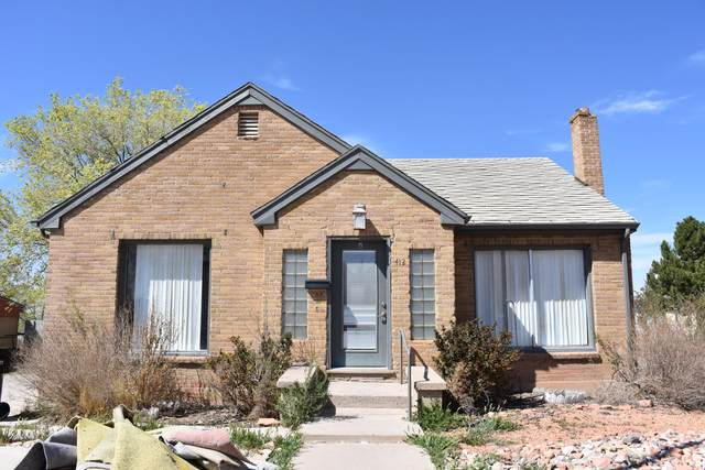 412 W 200 N, Cedar City, UT 84720 (MLS #21-221917) :: Team SURGE @ KW St. George