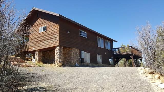 1510 W Elk Ridge Dr, Alton, UT 84710 (MLS #21-222203) :: The Real Estate Collective