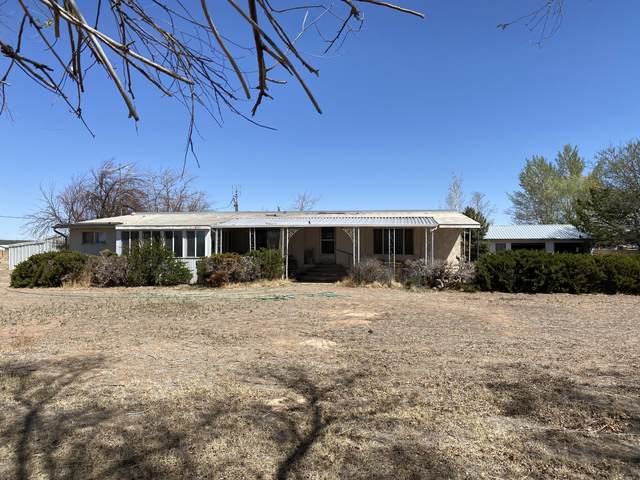 3400 W Midvalley Rd, Cedar City, UT 84721 (MLS #21-222360) :: The Real Estate Collective