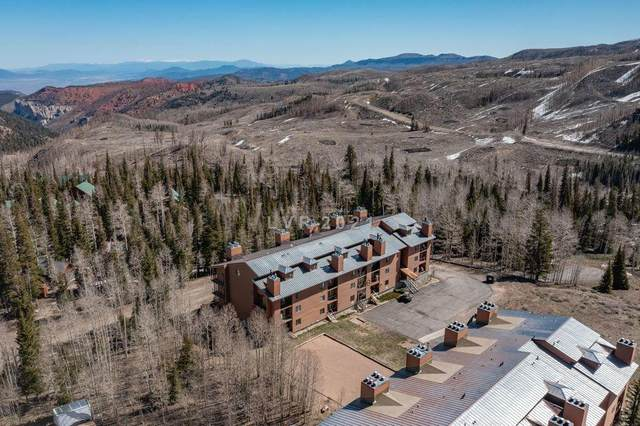 464 N Hwy 143 #B307, Brian Head, UT 84719 (MLS #21-222433) :: The Real Estate Collective