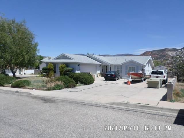 1333 S 625 W, Cedar City, UT 84720 (MLS #21-222462) :: John Hook Team