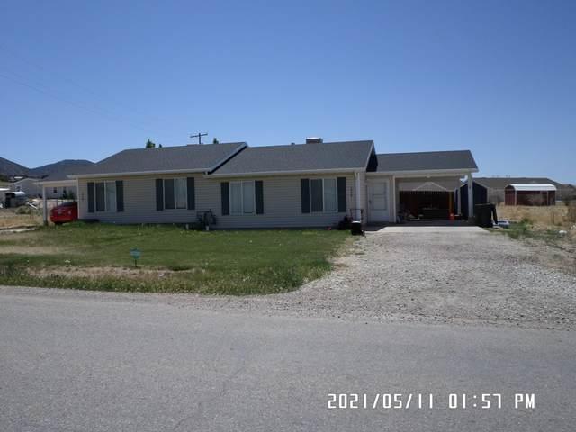 1566/1568 E Southern Homestead Blvd, Enoch, UT 84021 (MLS #21-222464) :: John Hook Team
