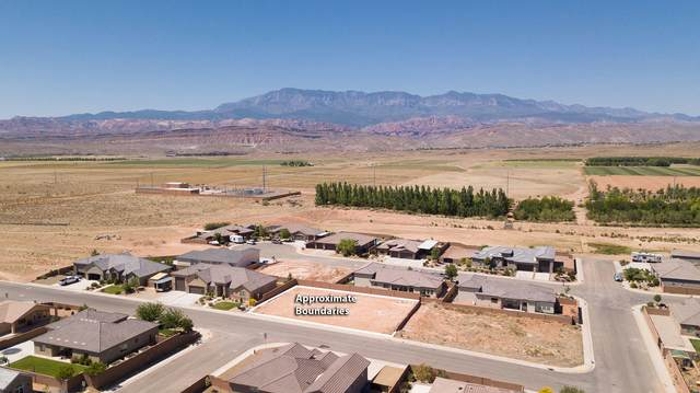 3560 W 2450 S C-153, Hurricane, UT 84737 (MLS #21-222552) :: John Hook Team