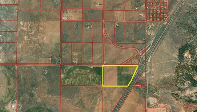 5500 W 4000 S Near 5700 West, Cedar City, UT 84720 (MLS #21-224354) :: The Real Estate Collective