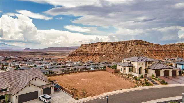 Desert Point Dr #5, St George, UT 84790 (MLS #21-224644) :: Hamilton Homes of Red Rock Real Estate & ERA Brokers Consolidated