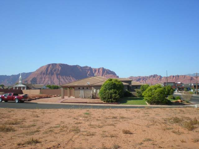 3619 Sagebrush Dr #13, Santa Clara, UT 84765 (MLS #21-225495) :: The Real Estate Collective