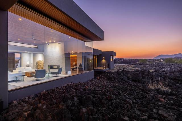2354 N Tacheene Dr, St George, UT 84770 (MLS #21-226074) :: The Real Estate Collective