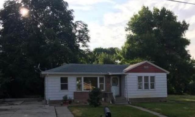 85 N Center St, Hyrum, UT 84319 (MLS #21-226146) :: Diamond Group