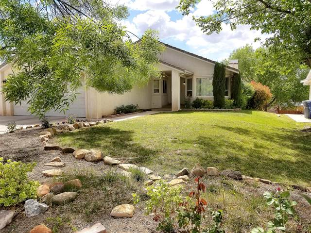 1122 E Oxford Place, St George, UT 84790 (MLS #21-226262) :: Sycamore Lane Realty Co.
