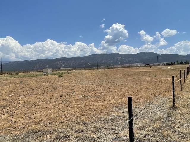 2.35 Acres in Summit Valley Ranchos (Lot 7), Parowan, UT 84761 (MLS #21-226990) :: Team SURGE @ KW St. George