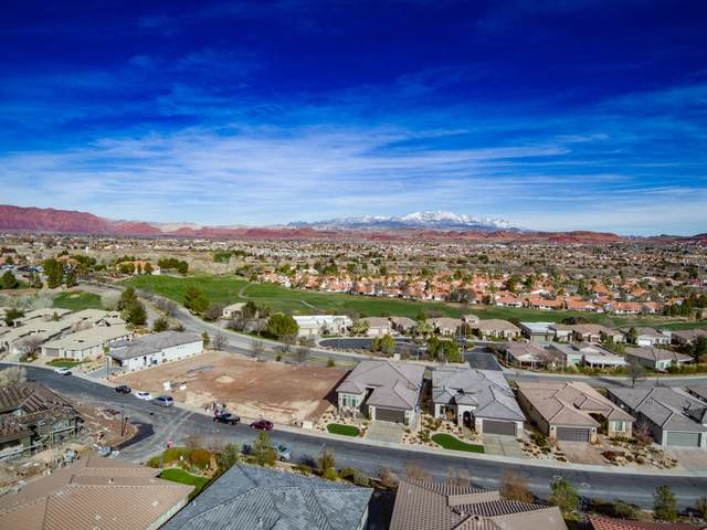 2243 W Sunbrook Dr #102, St George, UT 84770 (MLS #21-227209) :: Hamilton Homes of Red Rock Real Estate & ERA Brokers Consolidated