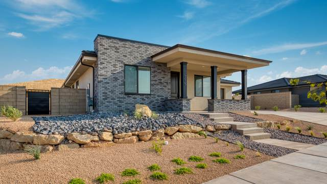 728 W Rust Bluff Dr, St George, UT 84790 (MLS #21-227210) :: Hamilton Homes of Red Rock Real Estate & ERA Brokers Consolidated