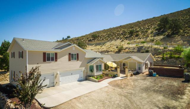 8246 N Diamond Valley Dr, St George, UT 84770 (MLS #17-186030) :: Remax First Realty
