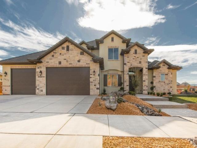 2422 Horseman Park Dr, St George, UT 84790 (MLS #17-189100) :: Red Stone Realty Team