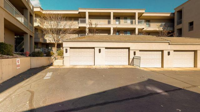 225 N Country Ln #48, St George, UT 84770 (MLS #18-199738) :: Remax First Realty