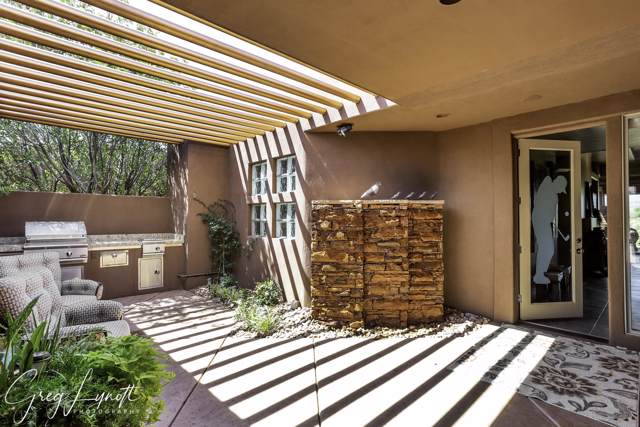 2253 Cohonina Cir, St George, UT 84770 (MLS #19-205687) :: The Real Estate Collective
