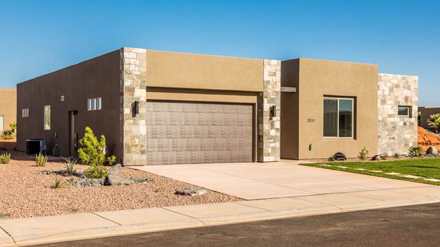 3211 S Hideaway Place, Hurricane, UT 84737 (#19-205835) :: Red Sign Team