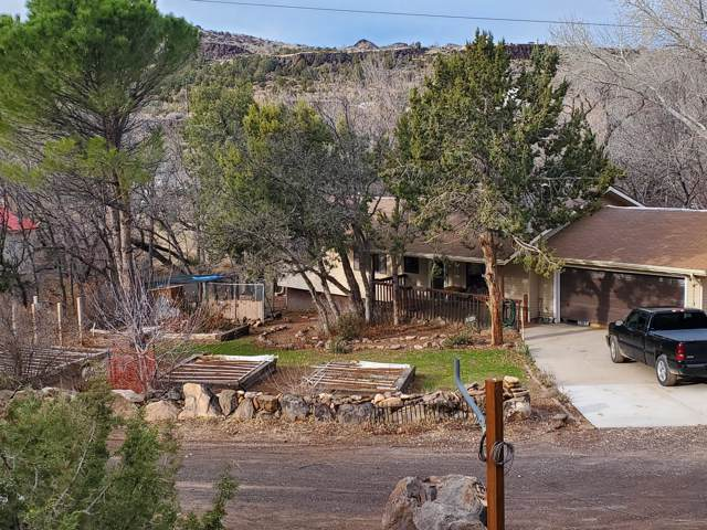220 S Stagecoach, Brookside, UT 84782 (MLS #19-207952) :: The Real Estate Collective