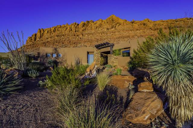 2162 W Entrada Trail, St George, UT 84770 (MLS #19-209109) :: Diamond Group