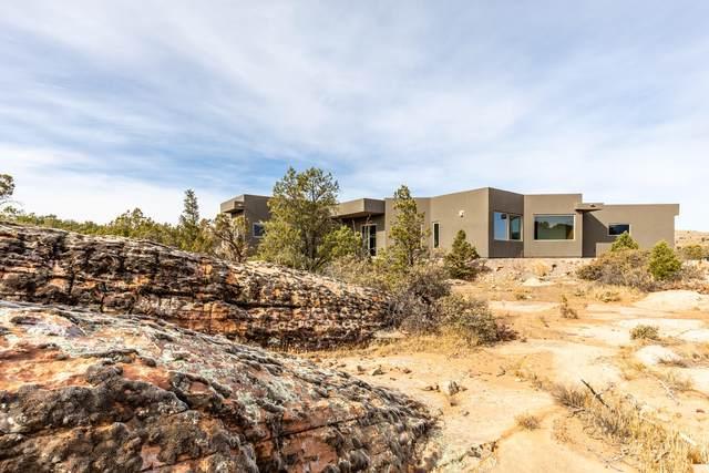 688 N Rock Garden Ln, Dammeron Valley, UT 84783 (MLS #20-210875) :: The Real Estate Collective