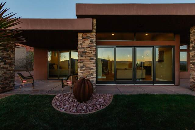 2139 W Cougar Rock Cir #132, St George, UT 84770 (MLS #20-211075) :: The Real Estate Collective