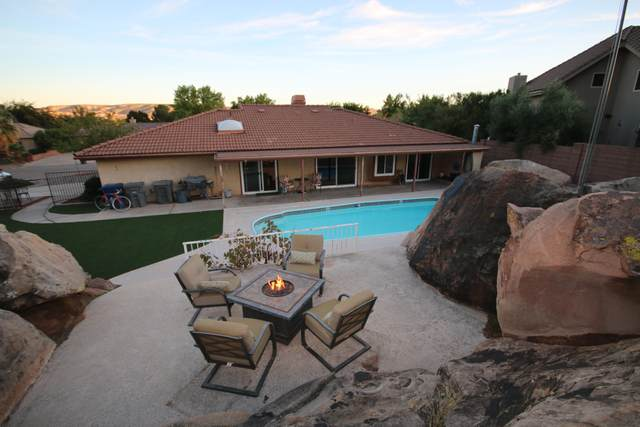 802 Escalante Dr, St George, UT 84790 (MLS #21-227108) :: The Real Estate Collective