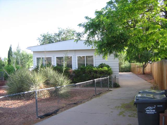 2071 W 1575 N, St George, UT 84770 (MLS #18-193891) :: Remax First Realty