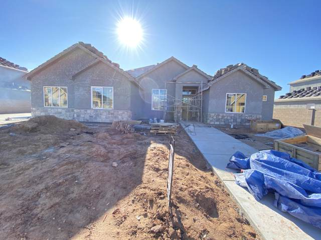 2828 E Ridgedale Ln, St George, UT 84790 (MLS #19-209107) :: Remax First Realty