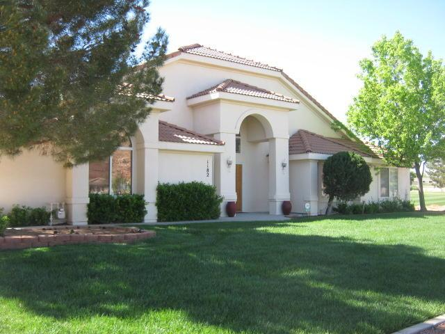 1182 Redwood Tree, St George, UT 84790 (MLS #17-184821) :: Remax First Realty