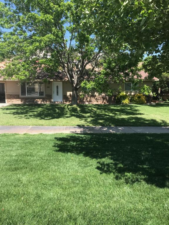 2812 Santa Clara Dr, Santa Clara, UT 84765 (MLS #18-193680) :: Red Stone Realty Team