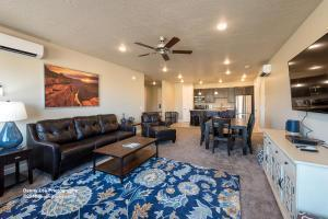 5228 N Villas Dr #103, Hurricane, UT 84737 (MLS #18-194671) :: Remax First Realty