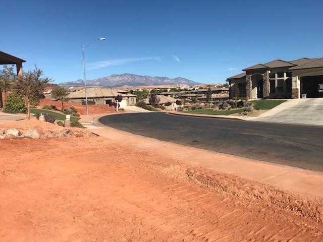 Acantilado Dr #7, St George, UT 84790 (MLS #18-198183) :: The Real Estate Collective