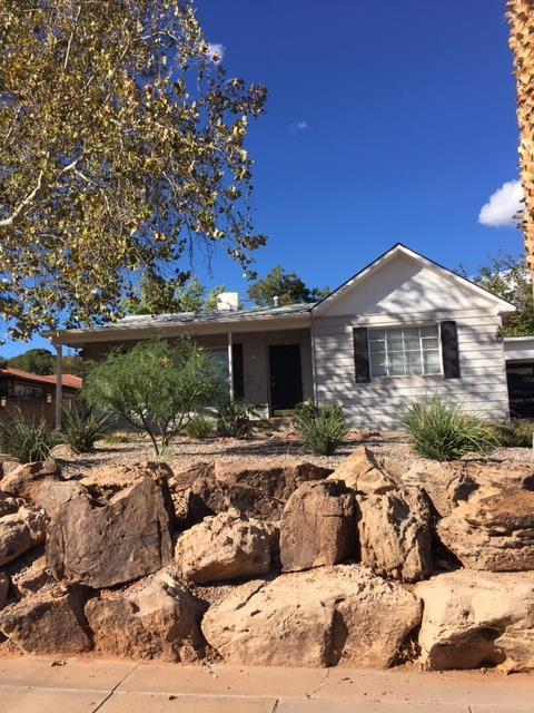 81 E 300 N, St George, UT 84770 (MLS #18-198256) :: The Real Estate Collective
