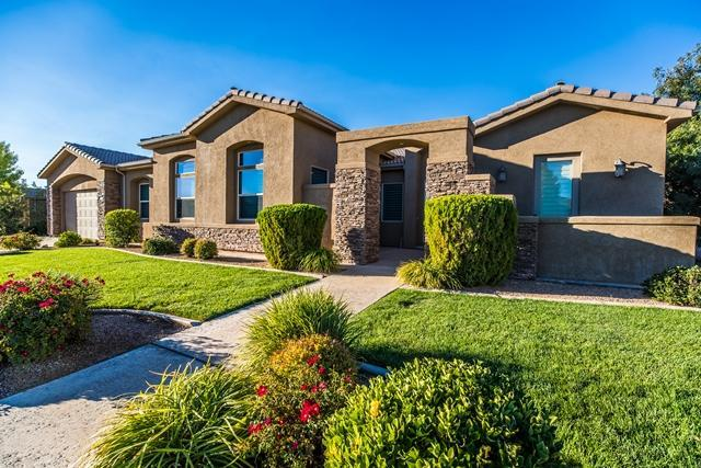 337 Lost Creek Dr W, St George, UT 84770 (MLS #19-201177) :: The Real Estate Collective