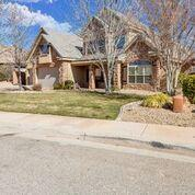 2737 S Grass Valley Dr, St George, UT 84790 (MLS #19-202074) :: The Real Estate Collective