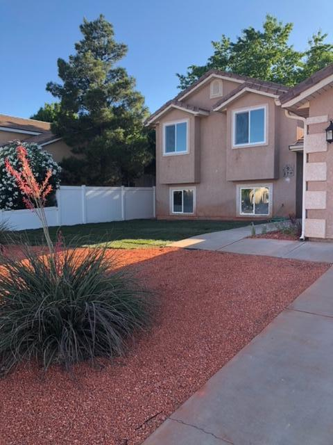 179 N 2900 E, St George, UT 84790 (MLS #19-204860) :: Remax First Realty