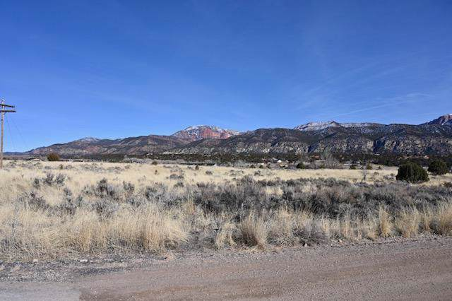 5 Acres in Blackridge Ranches, New Harmony, UT 84757 (MLS #20-210192) :: The Real Estate Collective