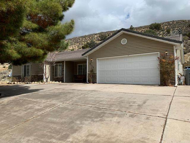 8178 Diamond Valley Dr, St George, UT 84770 (MLS #20-212056) :: The Real Estate Collective