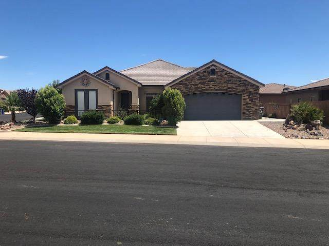 2953 W Cliffhanger, Hurricane, UT 84737 (MLS #20-213887) :: Remax First Realty