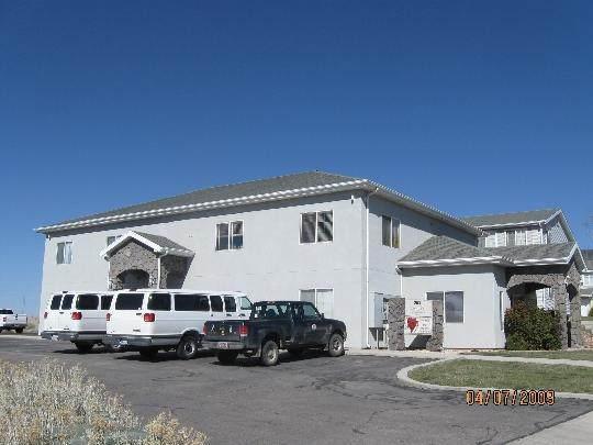 203 E Cobblecreek Dr, Cedar City, UT 84721 (MLS #20-217879) :: The Real Estate Collective
