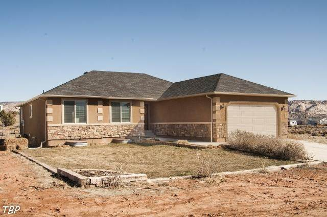 700 W 500 S, Escalante, UT 84726 (MLS #21-219497) :: John Hook Team
