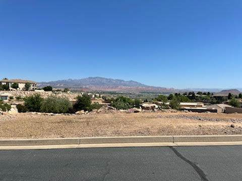 Topaz Way #605, St George, UT 84790 (MLS #21-222476) :: Staheli Real Estate Group LLC