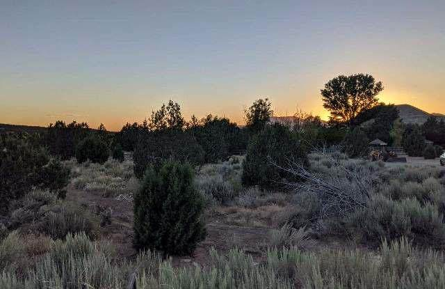 735 High Ground Drive, Dammeron Valley, UT 84783 (MLS #21-222482) :: Red Stone Realty Team